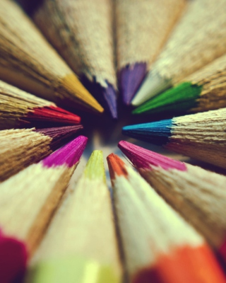 Bright Colors Of Pencils sfondi gratuiti per iPhone 6 Plus