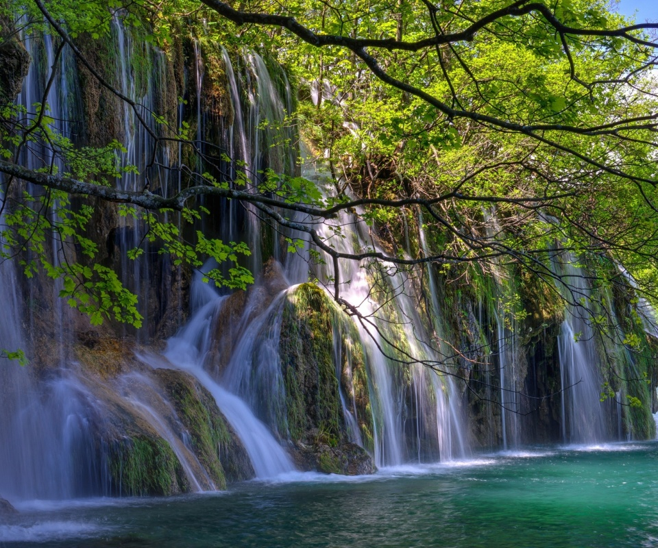 Screenshot №1 pro téma Waterfalls in National park Plitvice 960x800