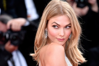 Karlie Kloss Background for Android, iPhone and iPad