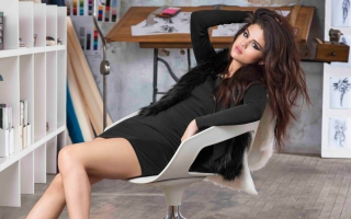 Free Selena Gomez New Picture for Android, iPhone and iPad