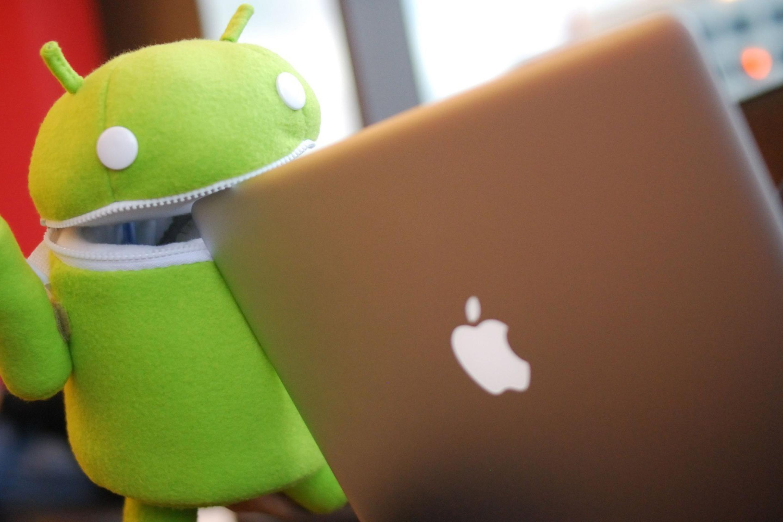 Прикольные картинки андроид и айфон, анимацией мультики рисунок
