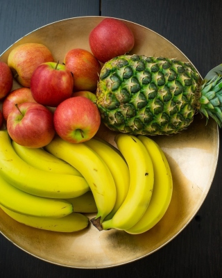 Fruits, pineapple, banana, apples sfondi gratuiti per iPhone 6 Plus