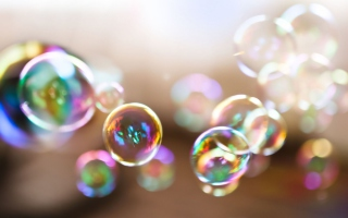 Free Colorful Bubbles Picture for Motorola DROID 3