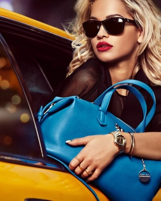 Free DKNY Advertising Picture for 240x320