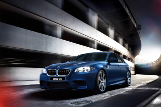 BMW M5 F10 Picture for Android, iPhone and iPad