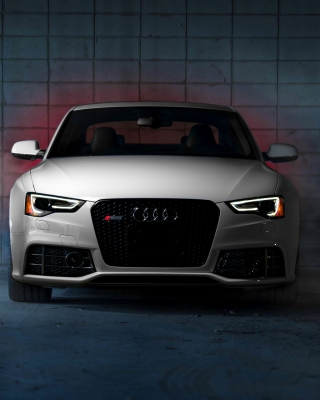 Audi RS5 Wallpaper for Nokia C1-01