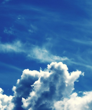 Blue Sky With Clouds - Fondos de pantalla gratis para 320x480