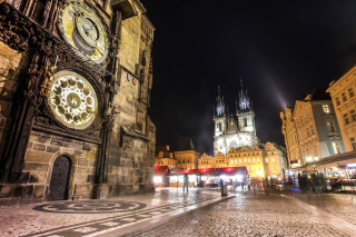 Free Prague At Night Picture for Android, iPhone and iPad