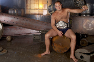 Fedor Emelianenko Picture for LG Optimus U
