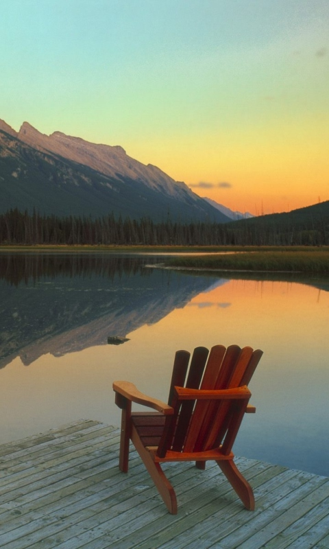 Screenshot №1 pro téma Wooden Chair With Pieceful Lake View 480x800