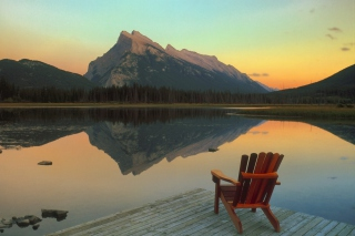 Free Wooden Chair With Pieceful Lake View Picture for Android, iPhone and iPad