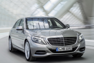 Free 2016 Mercedes Benz S400 4Matic Picture for Android, iPhone and iPad