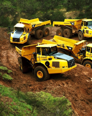 Free Volvo Tippers Picture for HTC Titan