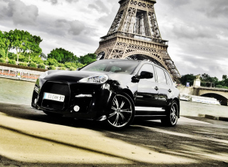 Porsche Cayenne In Paris Background for Android, iPhone and iPad