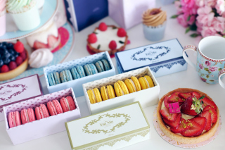 Delicious Macarons Wallpaper for Android, iPhone and iPad