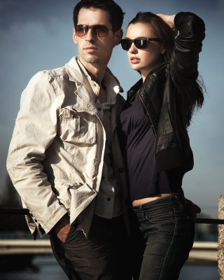 Couple portrait Wallpaper for Nokia C2-03