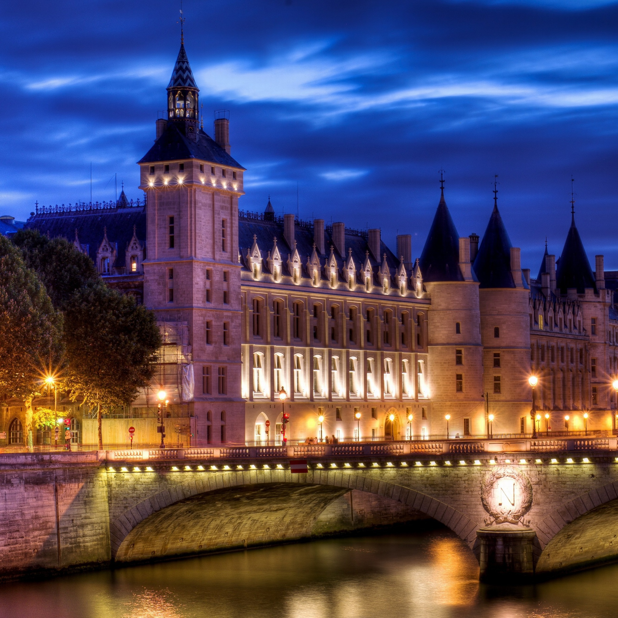 Screenshot №1 pro téma La Conciergerie Paris Palace 2048x2048