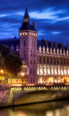 Screenshot №1 pro téma La Conciergerie Paris Palace 240x400