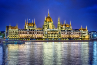 Budapest Parliament Background for Android, iPhone and iPad