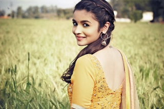 Alia Bhatt In Humpty Sharma Ki Dulhania sfondi gratuiti per cellulari Android, iPhone, iPad e desktop