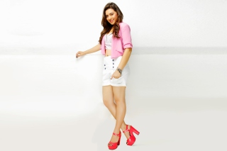 Hansika Motwani with Long Legs Background for Android, iPhone and iPad