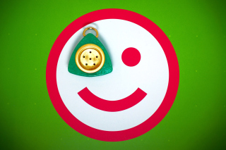 Free Plate Smile Picture for Android, iPhone and iPad