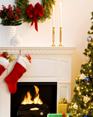 Holiday Fireplace Background for Nokia Asha 310