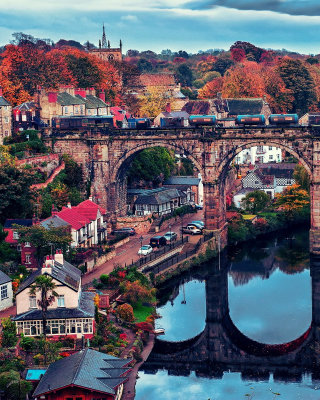 Knaresborough In North Yorkshire Background for iPhone 6 Plus