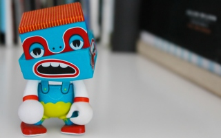 Free Bobby Robot Picture for Samsung Galaxy Tab 4G LTE