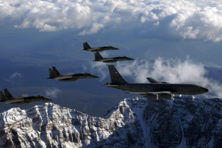 US Air Force Airplanes Picture for Android, iPhone and iPad
