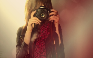 Girl With Canon Camera Picture for Android, iPhone and iPad