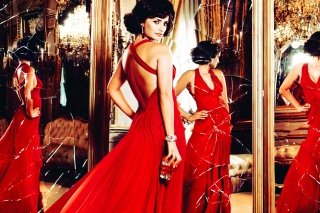Penelope Cruz In Glamorous Red Dress - Obrázkek zdarma