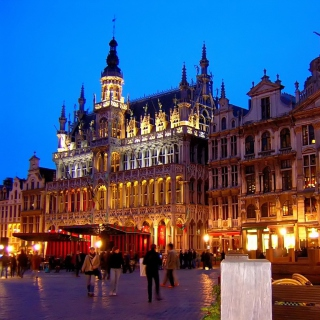 La Grand Place Brussels Background for 2048x2048