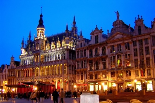 La Grand Place Brussels Background for Fullscreen Desktop 1024x768