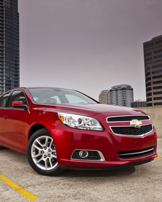 Free Chevrolet Malibu Red Picture for 240x320