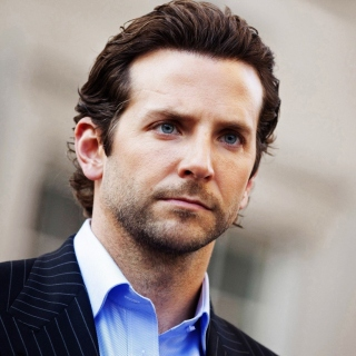 Bradley Cooper Wallpaper for iPad 2