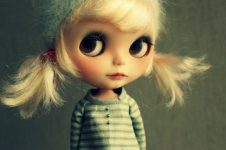 Cute Doll Background for Android, iPhone and iPad