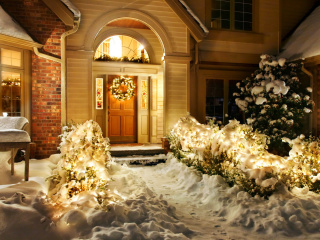 Screenshot №1 pro téma Christmas Outdoor Home Decor Idea 320x240