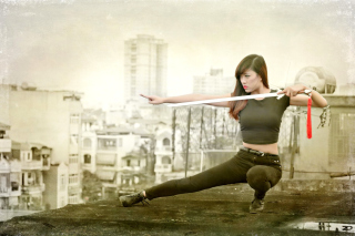 Free Japanese girl warrior Picture for Android, iPhone and iPad