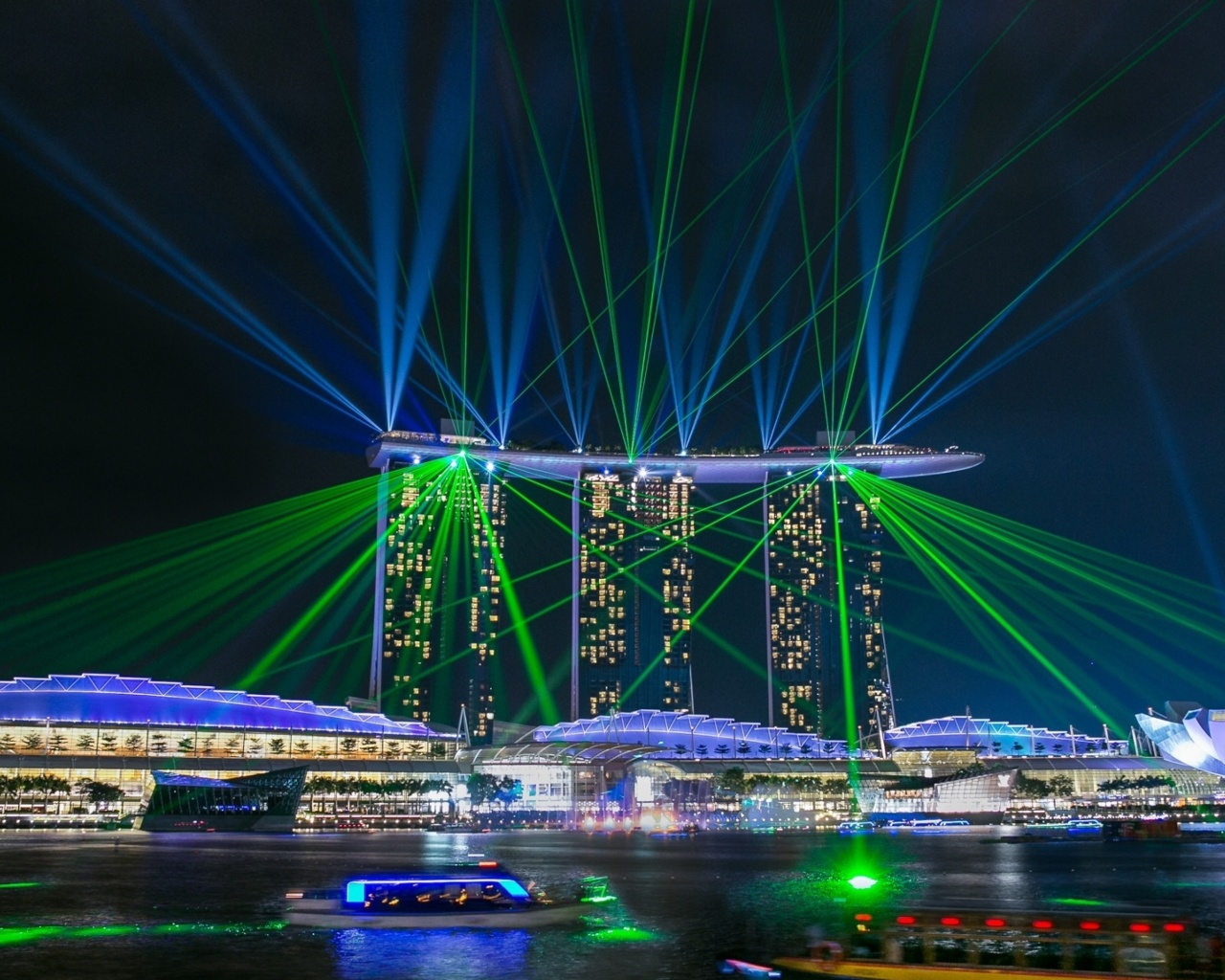 Das Laser show near Marina Bay Sands Hotel in Singapore Wallpaper 1280x1024