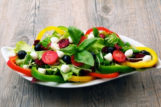Free Greek Salad Picture for Android, iPhone and iPad