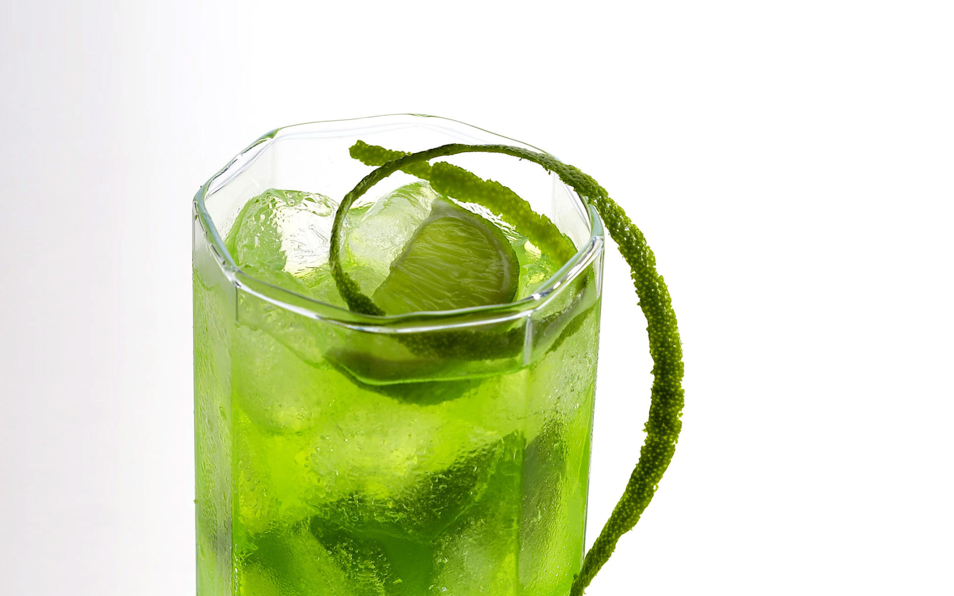 Screenshot №1 pro téma Green Cocktail with Lime 1920x1200