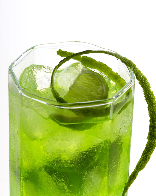 Green Cocktail with Lime Background for HTC Titan