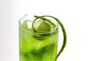 Green Cocktail with Lime Wallpaper for Android, iPhone and iPad