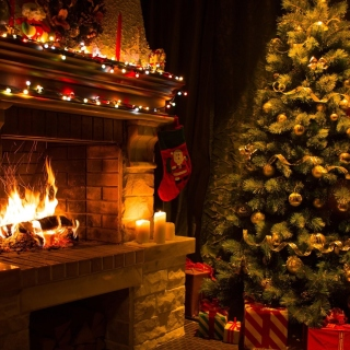 Christmas Tree Fireplace sfondi gratuiti per 1024x1024