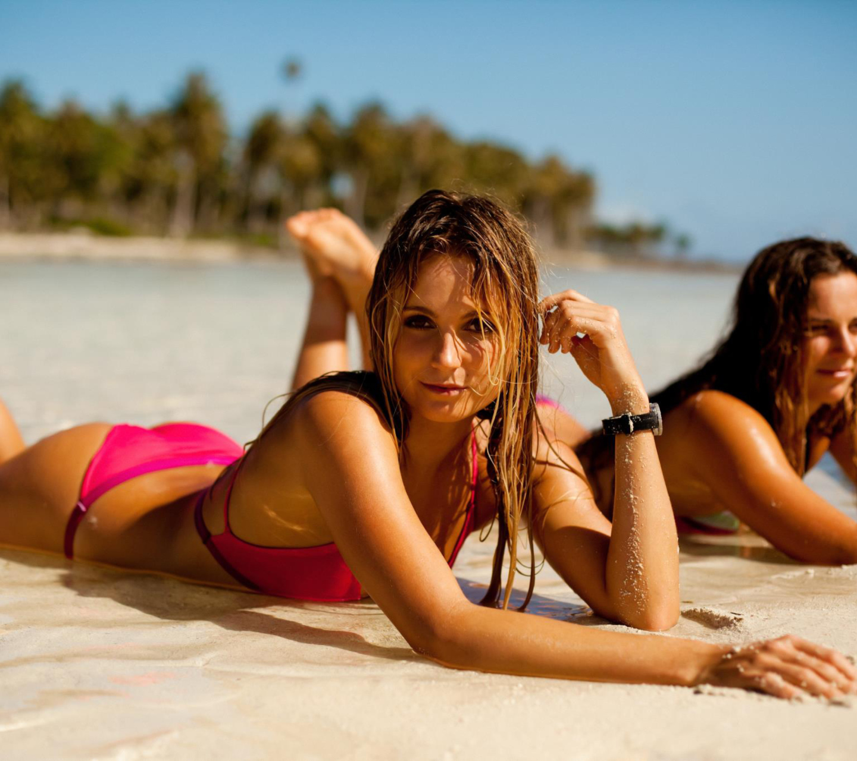 Пляжные картинки с девушками, прикольные картинки открытки