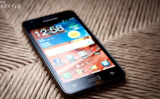 Free Samsung Galaxy Sii S2 Picture for Android, iPhone and iPad