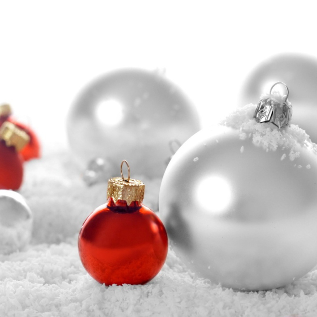Christmas Decorations wallpaper 1024x1024
