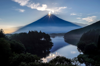 Japan, Volcano Fuji Background for Android, iPhone and iPad