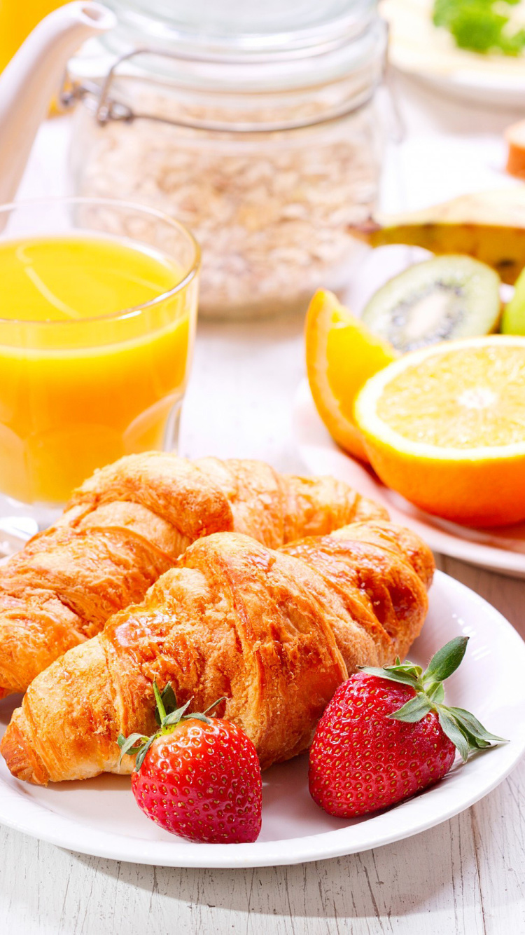 Screenshot №1 pro téma Breakfast with croissants and fruit 750x1334